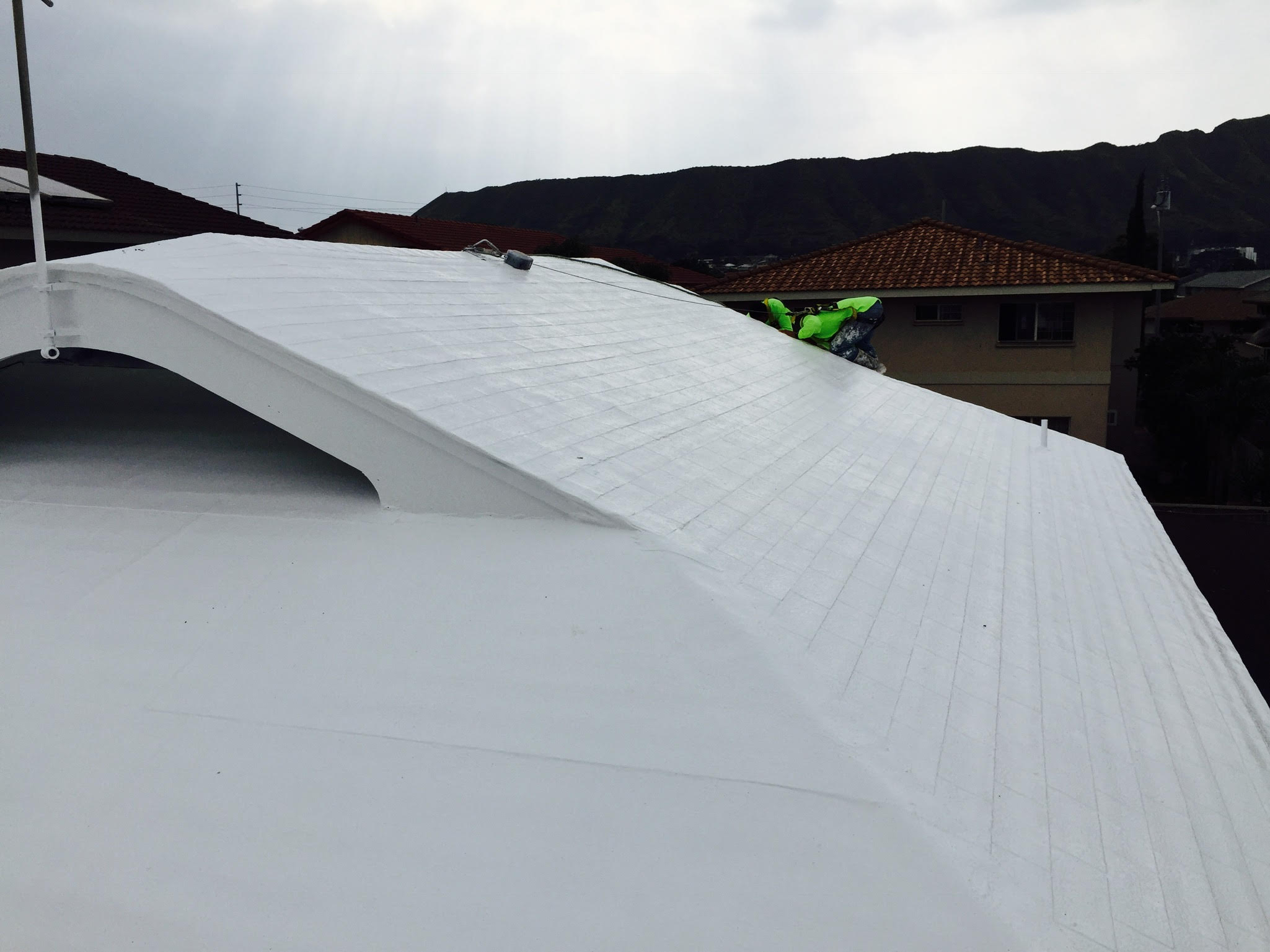 Self Leveling Roof Material : Crs silicone cool roof store hawaii repair leak